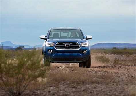 Tacoma is unchanged for 2015, although there is a new tacoma trd pro model available. TOYOTA Tacoma Double Cab specs & photos - 2015, 2016, 2017 ...