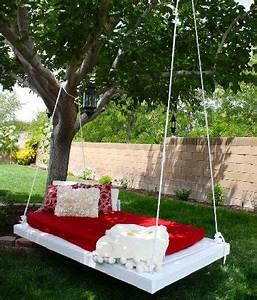 Matelas De Jardin : faire une balancelle de jardin en palette pour 40 deco cool ~ Teatrodelosmanantiales.com Idées de Décoration