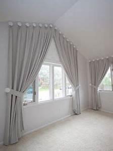 Vorhänge Schräge Fenster : wir bekommen auch an ihre dachschr ge einen vorhang dran vorh nge pinterest dachschr ge ~ Frokenaadalensverden.com Haus und Dekorationen