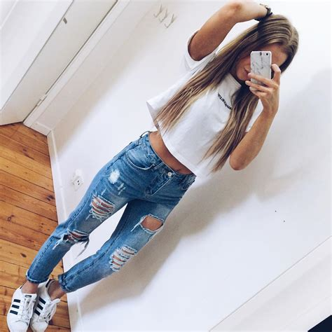 200+ Cute Ripped Jeans Outfits For Winter 2017 | Winter Clothes and Fashion