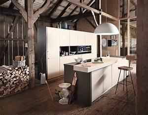 Arbeitsplatte Küche Beige : grifflose designk che mit matten fronten in sandbeige ~ Indierocktalk.com Haus und Dekorationen