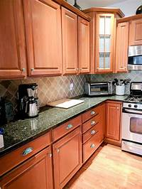 kitchen cabinets knobs How To Beautify Your Kitchen Cabinets With New Hardware Pulls And Knobs