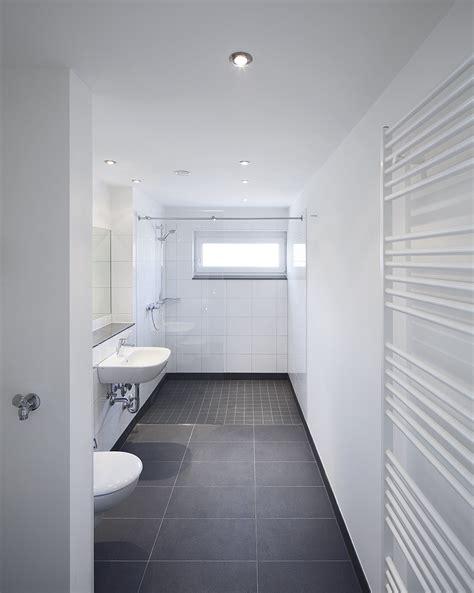 Modernisierung Badezimmer Mietwohnung by Wohnungen Rheinwohnungsbau