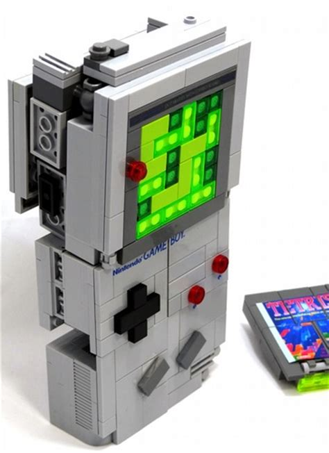 ultimate lego model   game boy  transformers robot
