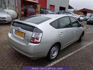 Toyota Prius Occasion : toyota prius 1 5 hsd 64486 occasion utilis en stock ~ Medecine-chirurgie-esthetiques.com Avis de Voitures