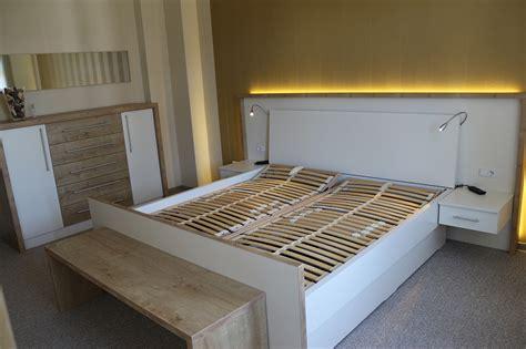 Le Mit Holz by M 246 Bel Individuell Holz B 252 Chel Bau Und M 246 Beltischlerei