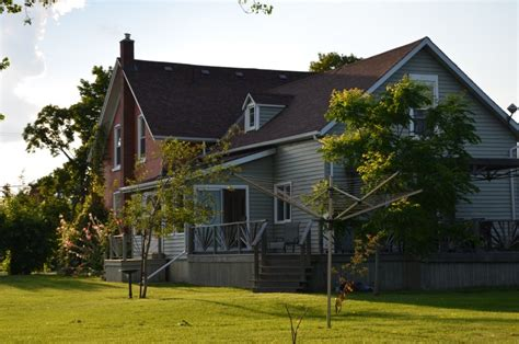 trillium house beautiful historical farmhouse