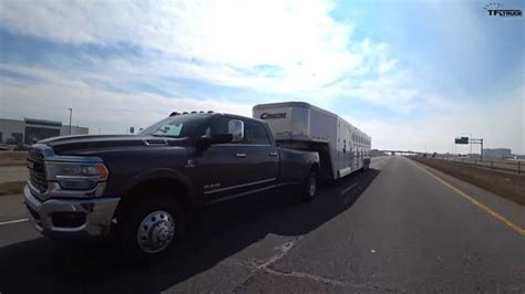 loaded  horse cimarron trailer towing video
