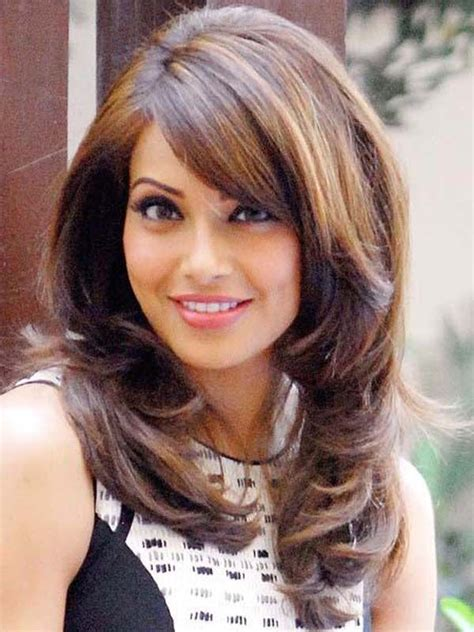 8 Pics Of Famous Bollywood Actress With Most Beautiful