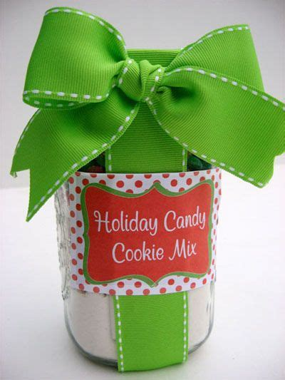 christmas cookies to give as gifts cookie mix in a jar recipes pinterest