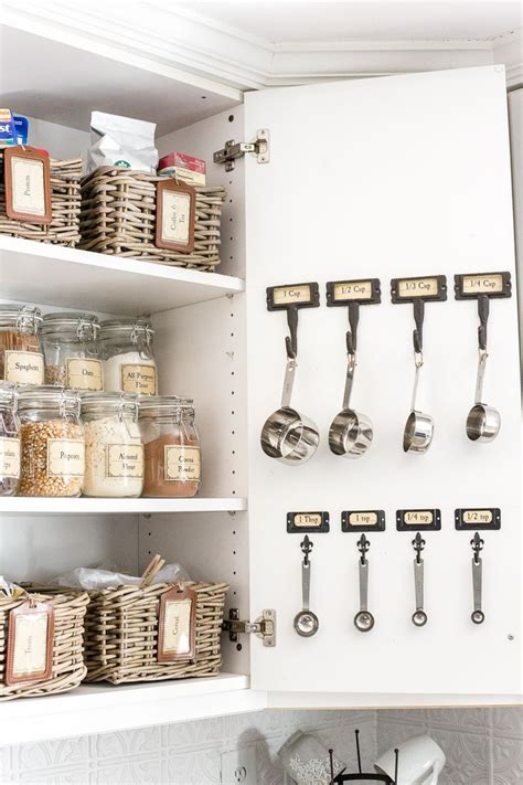 Inexpensive Pantry Cabinets by Pantry Cabinet Organization And Printable Labels Kitchen