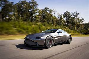 Aston Martin Vanquish 2018 : 2018 aston martin vantage review top speed ~ Maxctalentgroup.com Avis de Voitures
