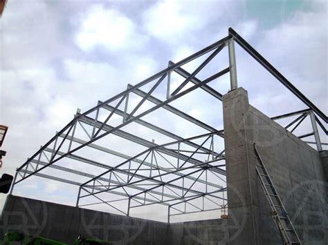 capannoni prefabbricati in ferro rivestimento capannoni coperture e facciate metalliche