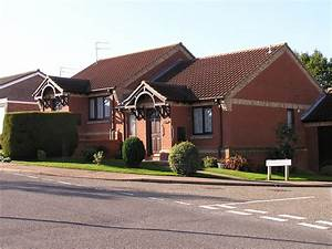Luxus Bungalow Bauen : bungalow haus bauen architektur haus bauen bungalow ~ Lizthompson.info Haus und Dekorationen