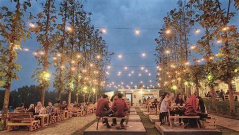 cafe outdoor   malang raya  kecenya minta