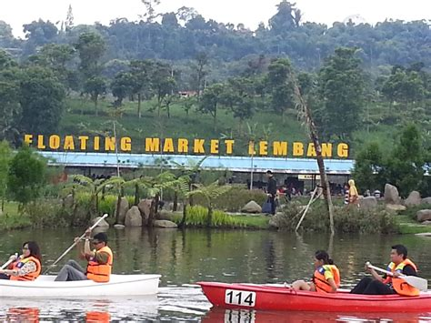 ragam wisata  kuliner indonesia floating market