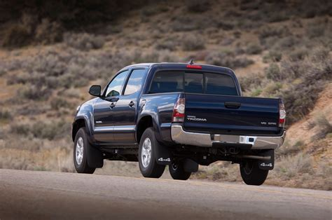 Tacoma Toyota 2015 by 2015 Toyota Tacoma Reviews And Rating Motor Trend