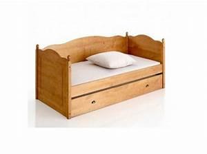 mobilier table canape style montagne With tapis de marche avec canape montagnard