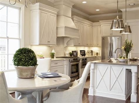 cream backsplash with white cabinets 84 best images about cream ivory glass tile on pinterest
