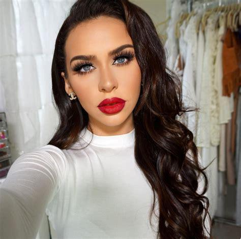 roundup  gorgeous red lipstick  pampadour