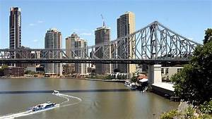 Brisbane 'needs more tourist attractions' to keep visitors ...