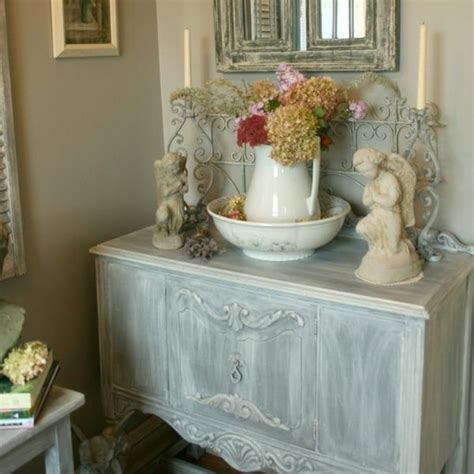 shabby chic decorating ideas inspired  beautiful flowers