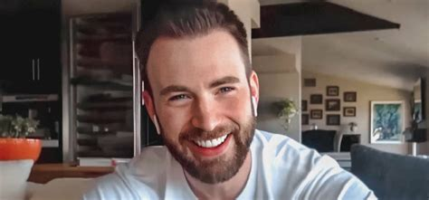 Avengers Star Chris Evans Accidentally Posted D*ck Pic ...