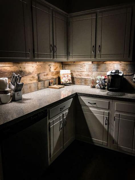 reclaimed wood kitchen backsplash 24 wooden kitchen backsplashes for a wow effect digsdigs 4532