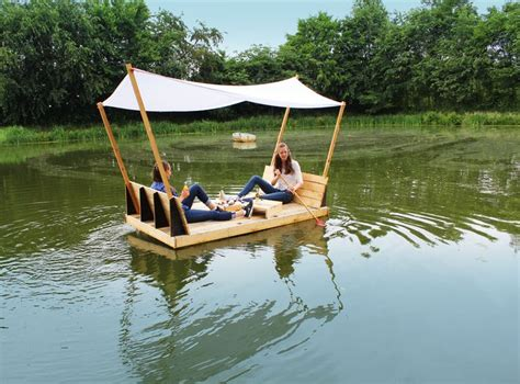 Diy Boat by 25 Best Ideas About Floating Raft On Water