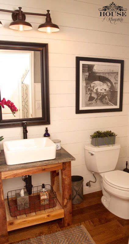 Modern Farmhouse Bathroom Vanity Lighting by 1000 Ideas About Small Rustic Bathrooms On