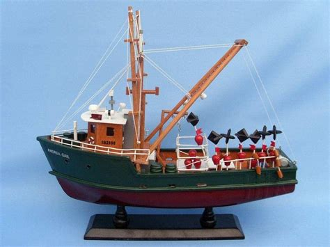 Fishing Boat Storm Movie by 1000 Ideas About Andrea Gail On Pinterest 1991 Perfect