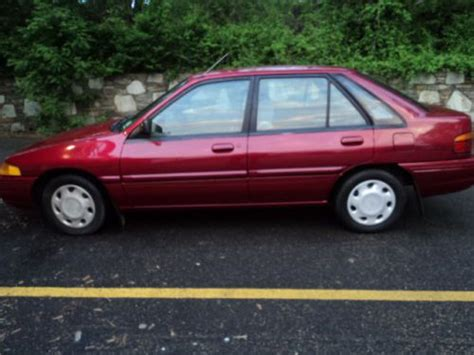 buy   ford escort  ho hatch   door