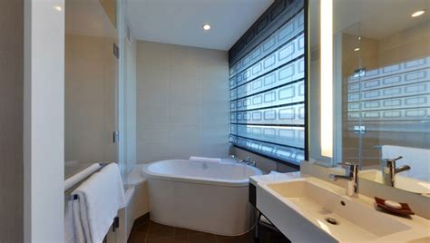 Spa Bathroom Suites by Bathroom And Soaking Tub In A One Bedroom Loft Suite At