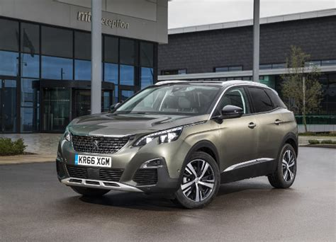 peugeot car of the year yeni peugeot 3008 car of the year 2017 seçildi otomobil