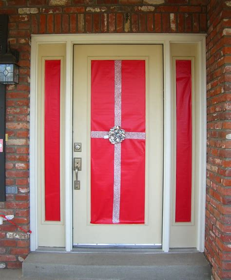 home confetti holiday front door decor