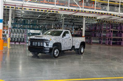 2020 Gmc 2500 Work Truck by 2020 Chevrolet Silverado 2500hd Is Ready To Work Heavy