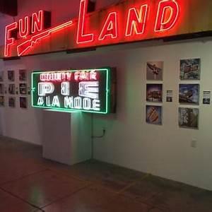 MONA Museum of Neon Art 199 s & 47 Reviews Art