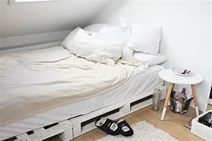 Schminktisch Aus Paletten : room tour wg zimmer m bel deko fithealthydi ~ Markanthonyermac.com Haus und Dekorationen