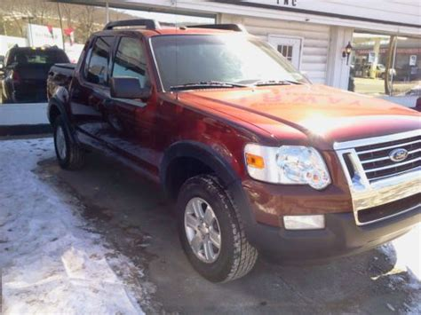sell   ford explorer sport trac xlt crew cab