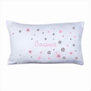 coussin prenom fleurs rose et grises lili pouce With tapis chambre bébé avec tee shirt adidas femme fleur