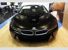 BMW i8 shines in Frozen Black