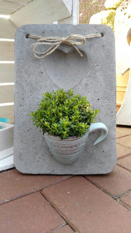 Gartendeko Aus Beton Basteln by Beton Wanddeko Mit Tasse Betong Ide Basteln Mit Beton