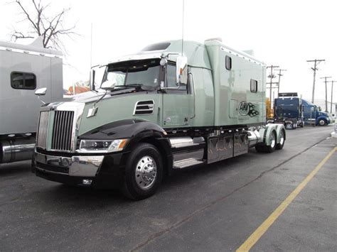 luxury semi trucks cabs 100 luxury semi trucks cabs services stretch my