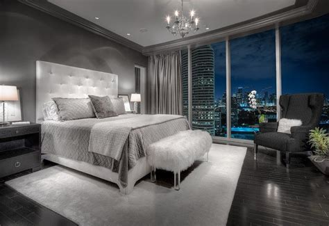 20 Beautiful Gray Master Bedroom Design Ideas Style