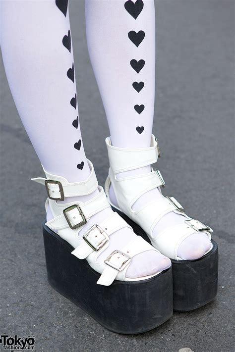 harajuku girls  sukajan jacket platform sandals cowl heart tights tokyo fashion