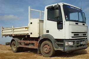 Largeur Camion Benne : camion benne 12t location poids lourd garage mullot ~ Medecine-chirurgie-esthetiques.com Avis de Voitures