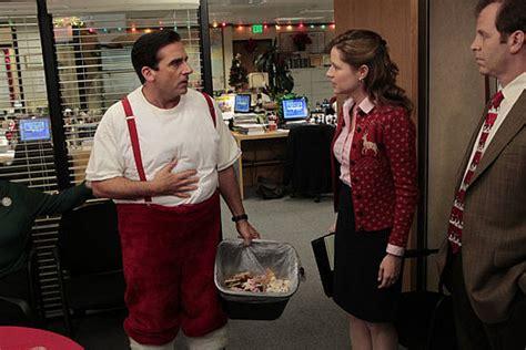 the office holiday episodes season 4 the office episode quot quot recap popsugar entertainment