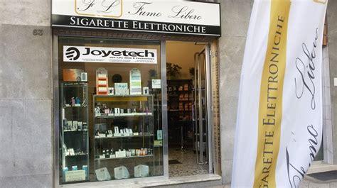 negozi di ladari a roma spaccata al negozio di sigarette elettroniche a corso roma