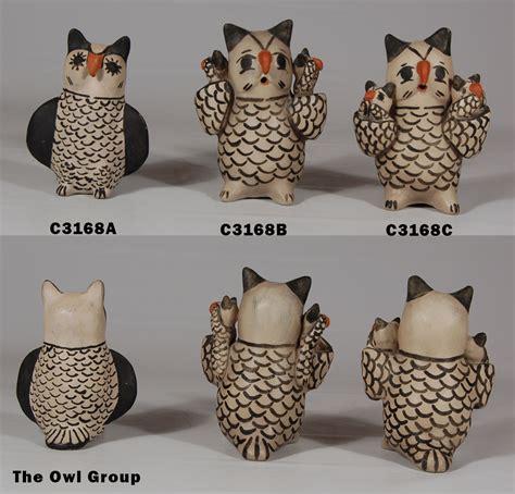 cochiti pueblo pottery owl figurine  seferina ortiz