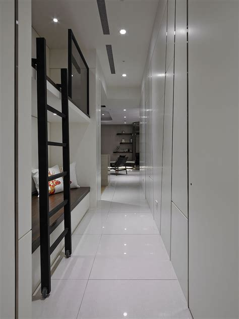 contemporary taiwan apartment showing luxury